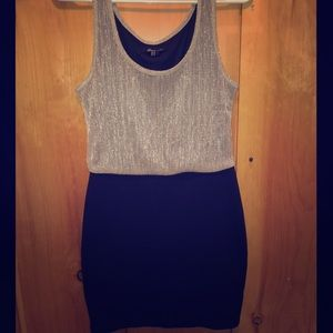 Forever 21 fitted dress w/ shimmer top Size M